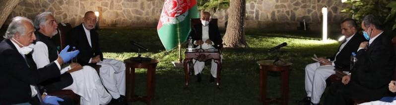 سفر خلیلزاد به کابل؛ نماینده خاص امریکا با سران ارگ، سپیدار و حامد کرزی دیدار کرد