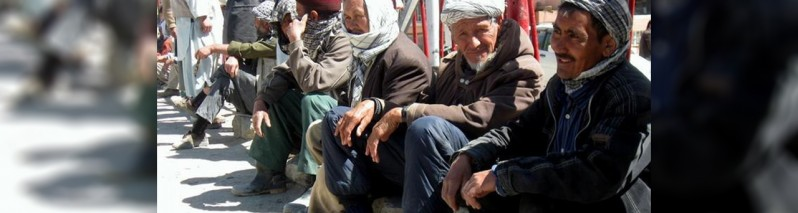 تاثیر ویروس کرونا بر اقتصاد افغانستان؛ برنامه غذایی جهان: میلیون ها افغان با خطر گرسنگی مواجه اند