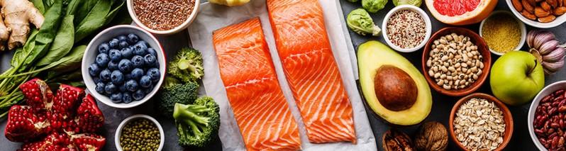 ۱۰ ماده خوراکی که به مبارزه با التهاب در بدن کمک می کنند