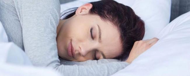 ۵ بهترین ماده غذایی برای افزایش ملاتونین و رفع مشکل بی خوابی