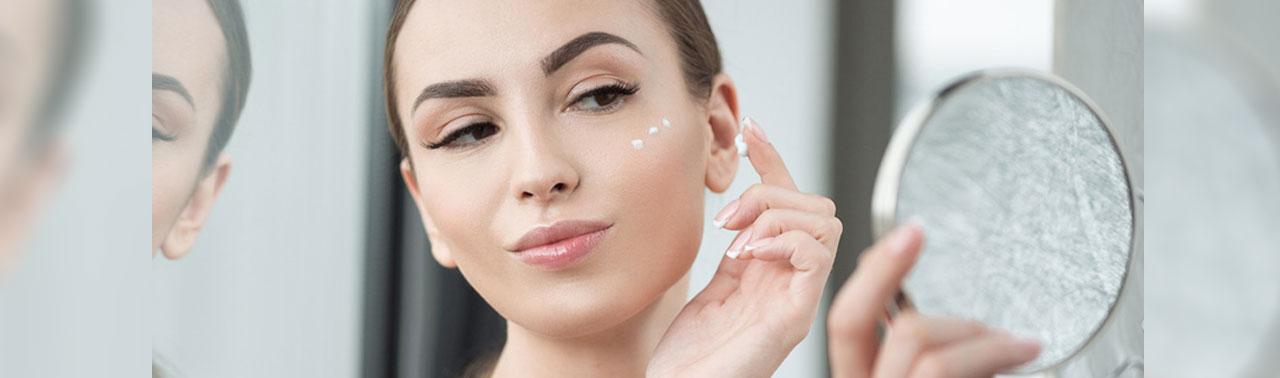 ۸ ماسک خانگی برای جوانسازی پوست صورت که تاثیر عالی دارند