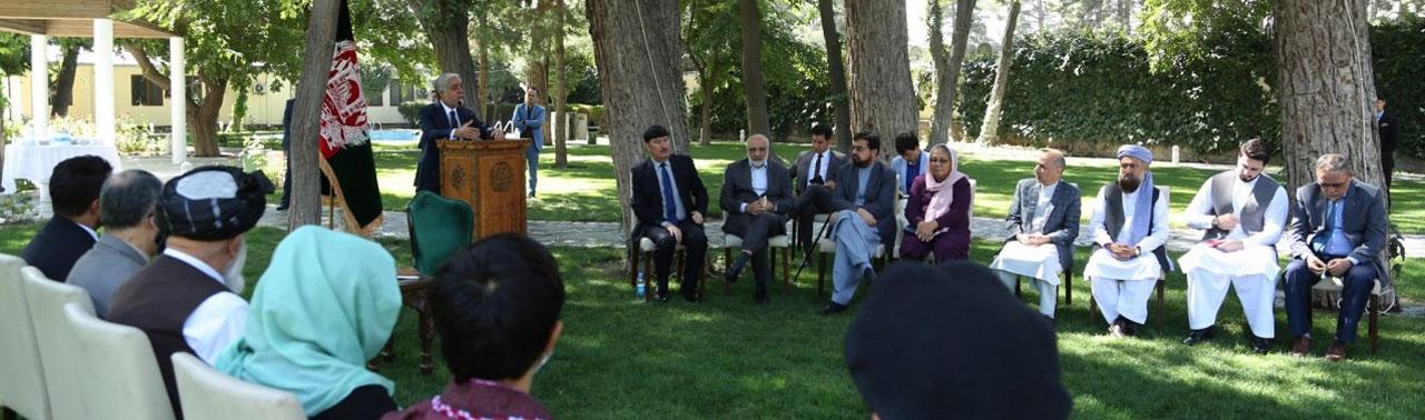 هیئت مذاکره کننده حکومت: آتش بس اولویت مذاکرات بین الافغانی است