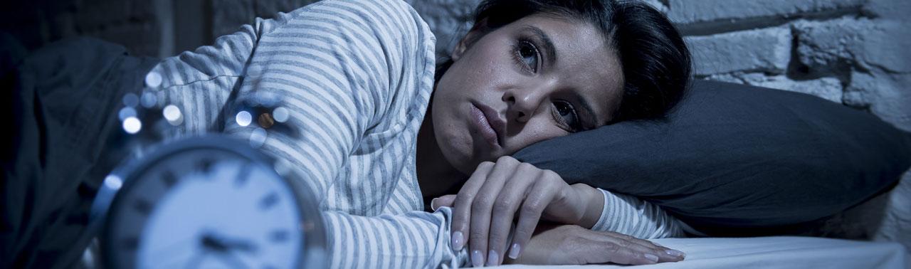 اثرات بی خوابی: ۶ آسیبی که عدم خواب کافی به بدن وارد می کند