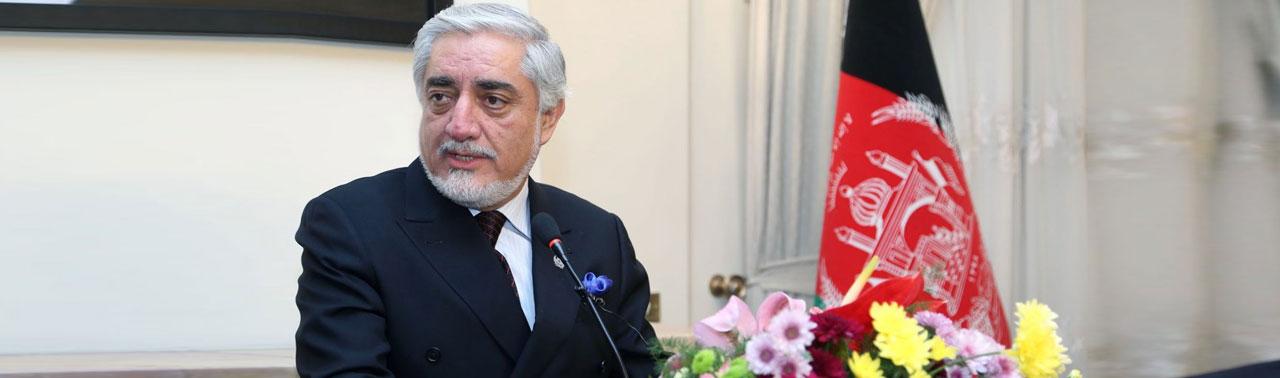 عبدالله در تهران: اجماع نسبی در کشور های همسایه بر حمایت از روند صلح افغانستان وجود دارد