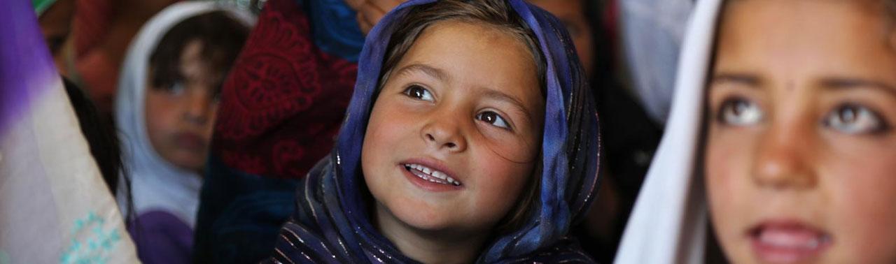 روز جهانی دختر در افغانستان؛ تجلیل برجسته در فضای مجازی و چالش های گسترده در دنیای واقعی