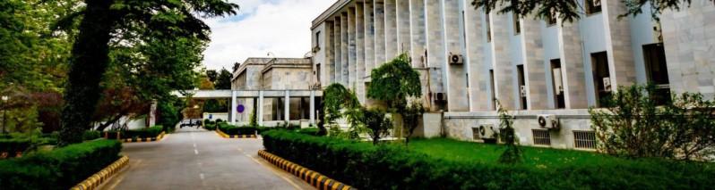 واکنش وزارت خارجه به درخواست پارلمان ارمنستان برای لغو عضویت افغانستان از سازمان پیمان امنیت جمعی؛ بر موقف خود استواریم!