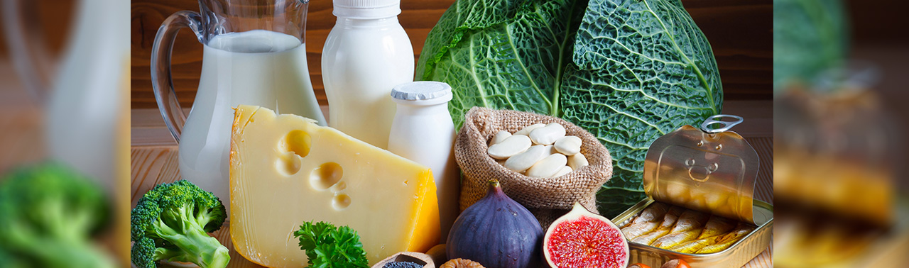 بهترین منابع کلسیم: ۱۰ ماده غذایی لبنی و غیرلبنی که میزان کافی از این ماده معدنی را دریافت کنید