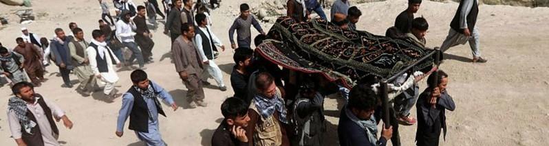 جمعه خونین؛ در یک روز نزدیک به چهل غیر نظامی کشته و زخمی شده اند