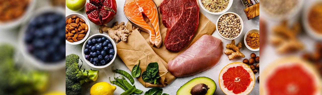 تنها ۱۰ ماده غذایی وجود دارد که همه متخصصین تغذیه توصیه می کنند!