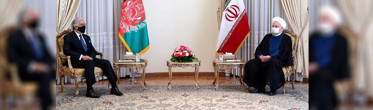 روحانی در دیدار با عبدالله عبدالله؛ آمریکا به دنبال بهره برداری انتخاباتی از مذاکرات صلح در افغانستان است