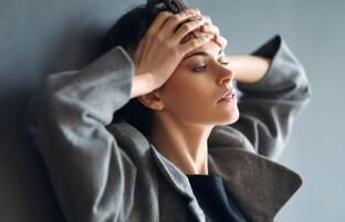 ۳ عادت خودآسیبرسان که فرصت خوشبختی را از شما می گیرد