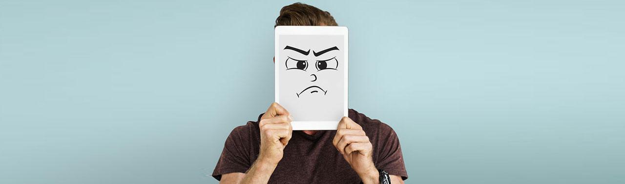 ۶ عبارتی که آدم های سمی به شما می گویند تا عزت نفس تان را پایین بیاورند