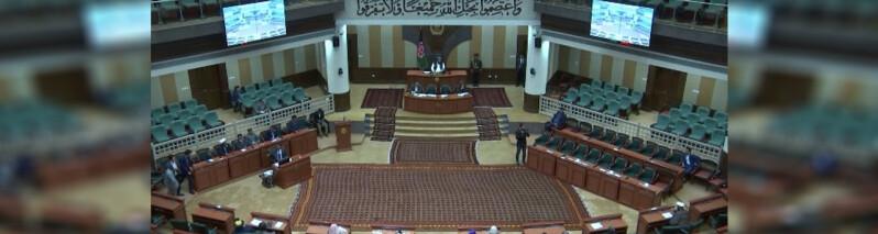 پس لرزه های بازداشت سه سناتور به اتهام رشوت؛ از تاکید حکومت بر ادامه بازداشت ها تا انتقاد مجلس سنا