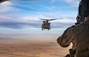 هشدار طالبان نسبت به ادامه حملات نیروهای آمریکایی؛ آمریکا بر تداوم حمایت از نیروهای افغان تاکید کرد