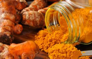 رقیق کننده های طبیعی خون: ۱۵ ماده غذایی که خون را به طور موثر رقیق می کنند