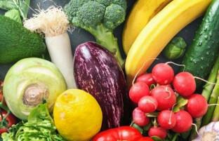 آلودگی هوا: ۸ بهترین مواد غذایی که باید برای جلوگیری از اثرات مرگ آور هوای آلوده مصرف کنید
