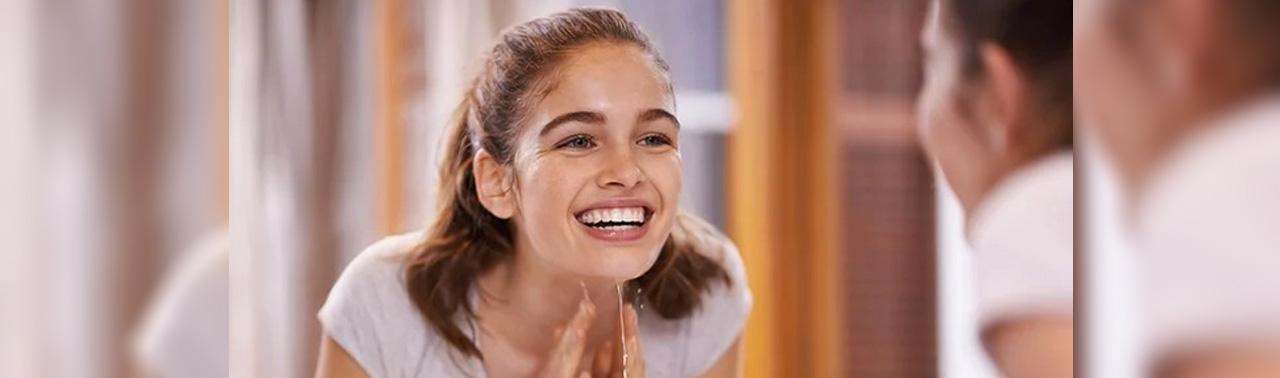 ۷ راهکار طبیعی برای درمان سریع جوش های سرسیاه