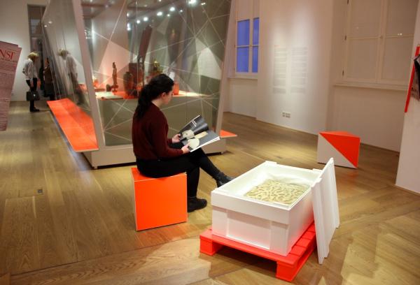 لوح هامبورگ به عنوان بخشی از نمایشگاه موزه هنر ها وصنایع دستی «هنر تاراج شده؟» در سال ۲۰۱۸