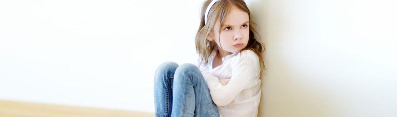 لجبازی در کودکان: ۱۷ شیوه برخورد با یک کودک لجباز