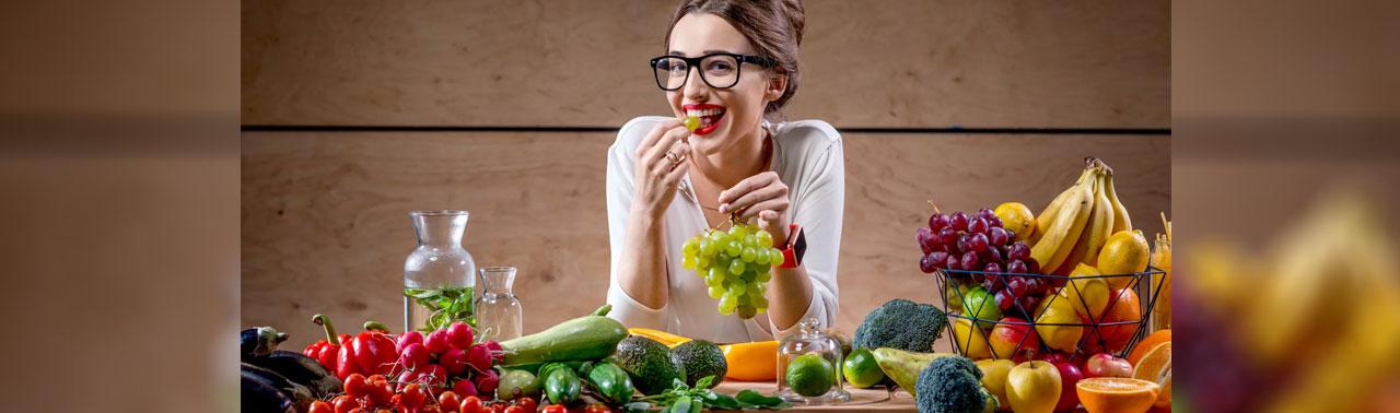 بهترین ویتامین ها برای خانم ها: ۱۰ برترین ویتامینی که هر زنی باید دریافت کند