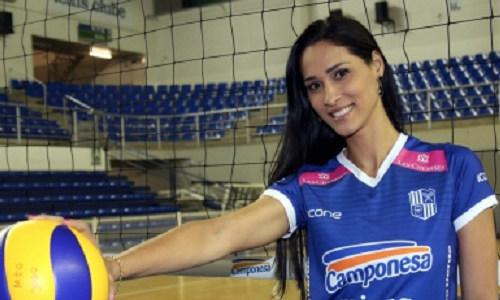 ژاکلین کاروالیو