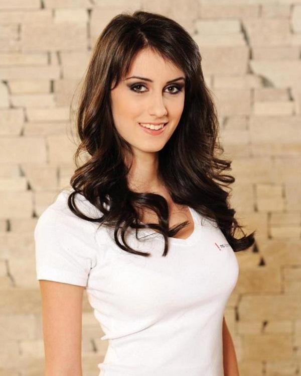 زنان بلغارستان معمولا قد بلند، با پوست روشن و موهای تیره و چشمان رنگی هستند که آنها را مسحورکننده میسازد.