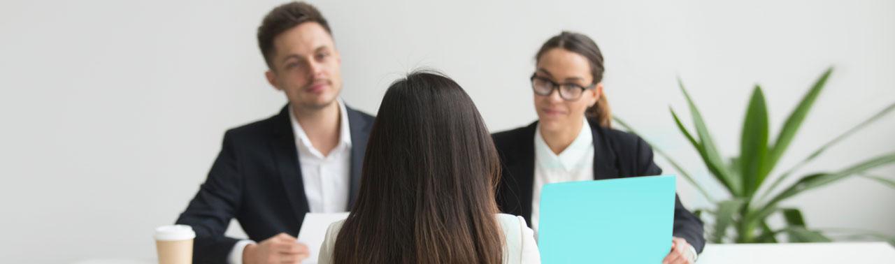 ۱۰ بدترین اشتباه مصاحبه شغلی که غیر قابل جبران هستند