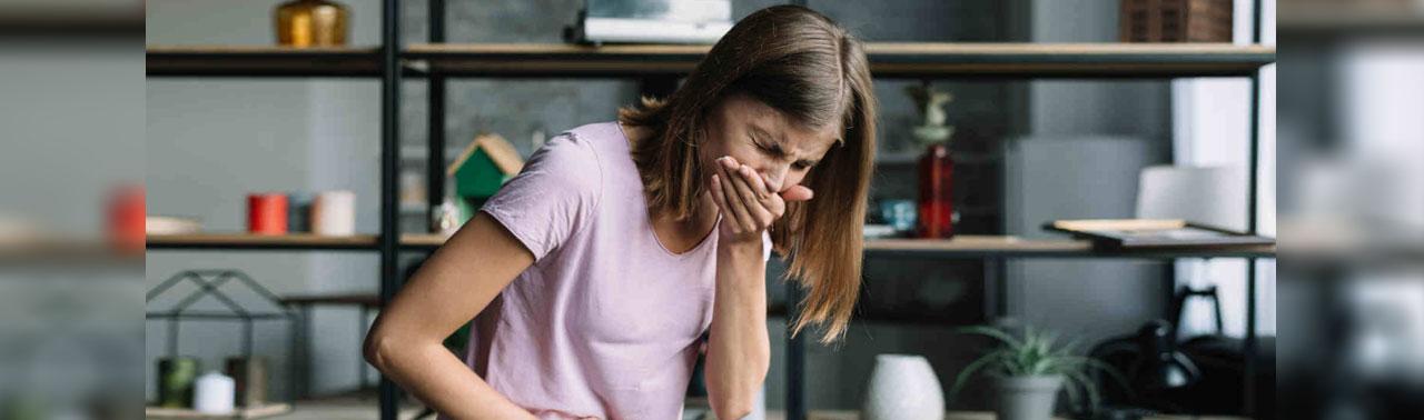عوارض مصرف بیش از حد ویتامین: مشکلاتی که در صورت مصرف زیاد ویتامین ها تجربه خواهید کرد