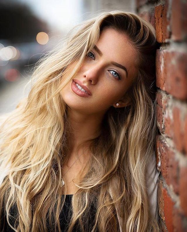 زنان اوکراینی با موهای طلایی و پوست بلورینشان ترکیب بینقصی از ملاحت و احساسات هستند.