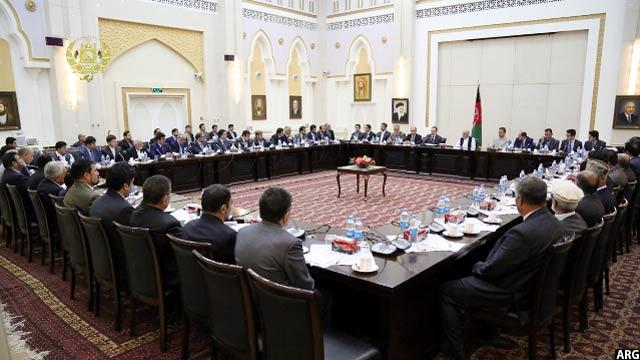 نشست رییس جمهوری افغانستان با مسوولان گمرکات و مستوفیت های این کشور