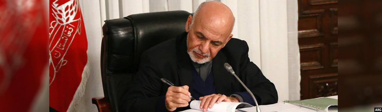 به ارزش بیش از ۳ میلیارد افغانی؛ اعطای قراردادهای بند مچلغو و انتقال لین برق شبرغان-اندخوی