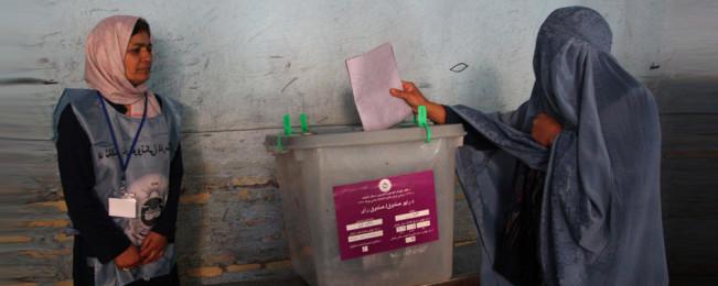 نگاهی به مساله جنگ و صلح و انتخابات  افغانستان در سال ۲۰۱۹