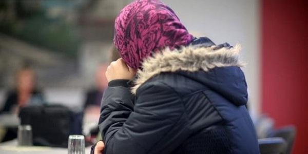 afgha woman
