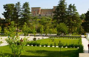 قصر چهلستون؛ روایت تصویری از فضای بازسازی شده این بنای تاریخی افغانستان
