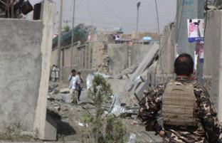 تظاهر به امید در میان ناامیدی ها؛ روایتی از وضعیت سه خانواده متفاوت متاثر از حمله انتحاری روز گذشته غرب کابل