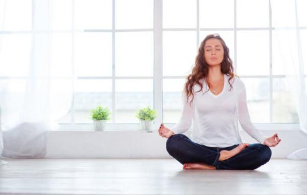 بیشتر حرکات یوگا تمرینات تنفسی را شامل میشوند و مطالعات زیادی تاثیر یوگا را بر بهبود تنفس اثبات کردهاند