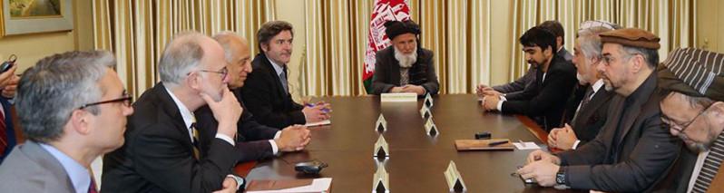 مذاکره برای مذاکره؛ سفرِ خلیلزاد به کابلِ بحرانی گره از کار برای آغاز فاز دوم مذاکرات صلح می گشاید؟