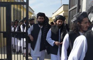 لطفا دوباره به میدان جنگ برنگردید؛ پیامد امضای آزادی زندانیان طالبان چه خواهد بود؟