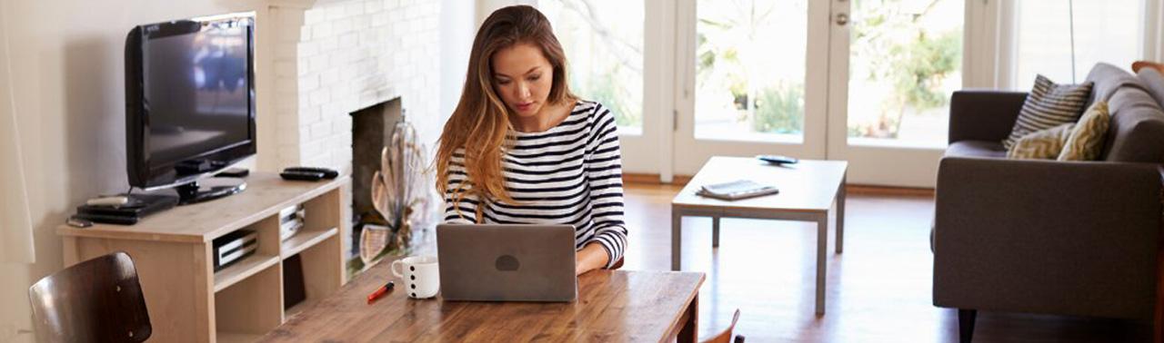 گفتمان فعالیت های آنلاین؛ آیا با بی برقی و انترنت ضعیف میشود از خانه کار کرد؟