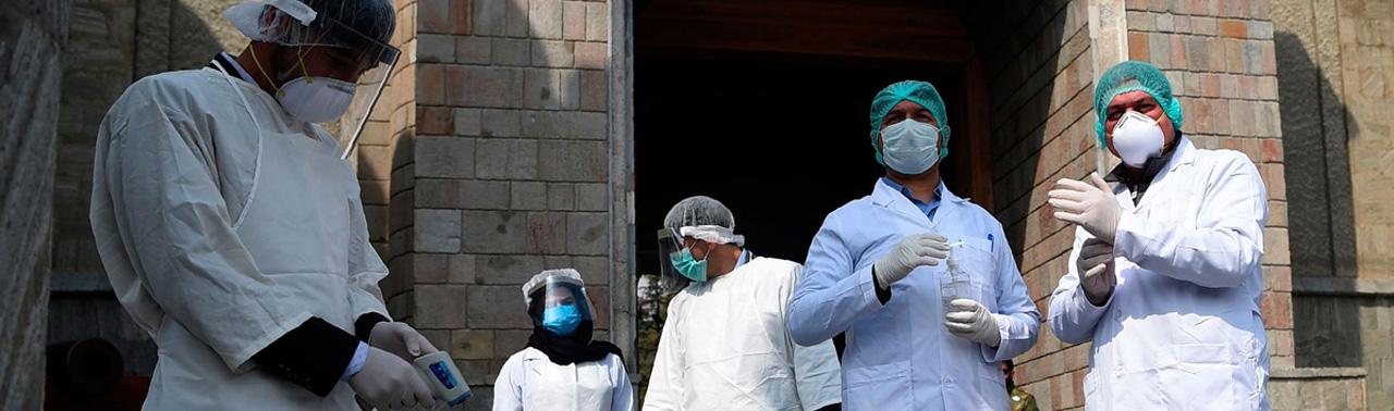 روزنگاری کرونا ویروس در افغانستان (۴۱)؛ از افزایش روزافزون کرونا تا بازگشت بیش از ۱۳ هزار مسافر گیرمانده
