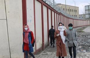 روزنگاری کرونا ویروس در افغانستان (۳۹)؛ از تعویق امتحانات ولایات گرمسیر تا واردات موادغذایی از ایران