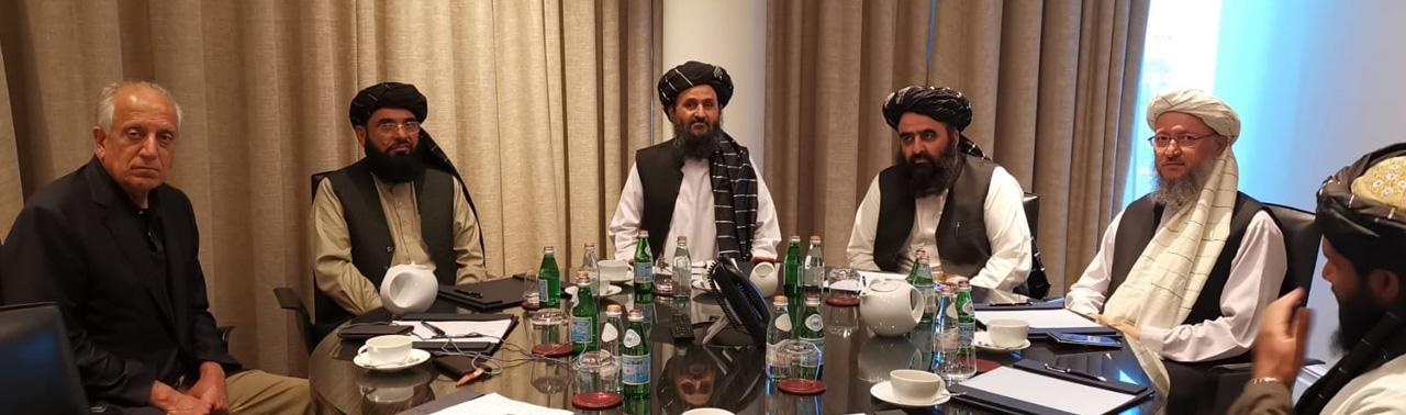 ادامه سفر برای صلح؛ خلیلزاد با نمایندگان طالبان روی سرمایهگذاری امریکا پس از صلح گفتگو کرد