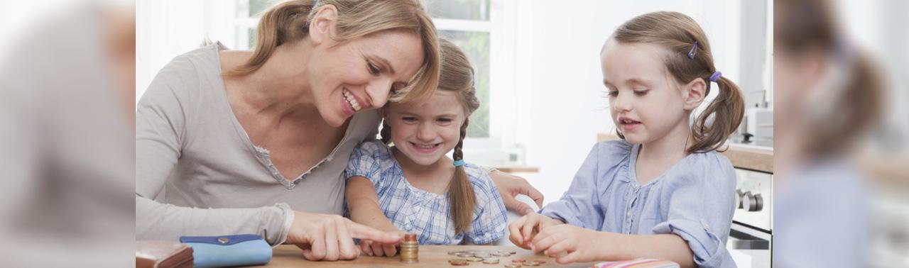 ۷ عادت مالی که هر پدر و مادری باید به فرزندش بیاموزد