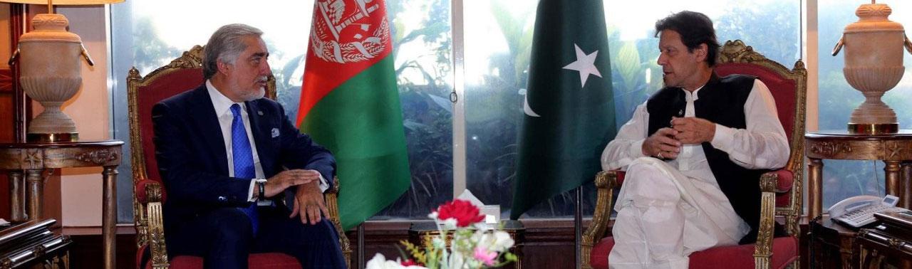 عمران خان در دیدار با عبدالله عبدالله؛ بدترین سناریو برای مردم افغانستان تداوم جنگ است