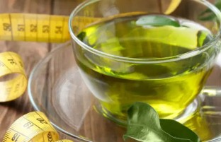 بهترین زمان مصرف چای سبز برای لاغری: چطور میتوان بهترین نتیجه را گرفت؟