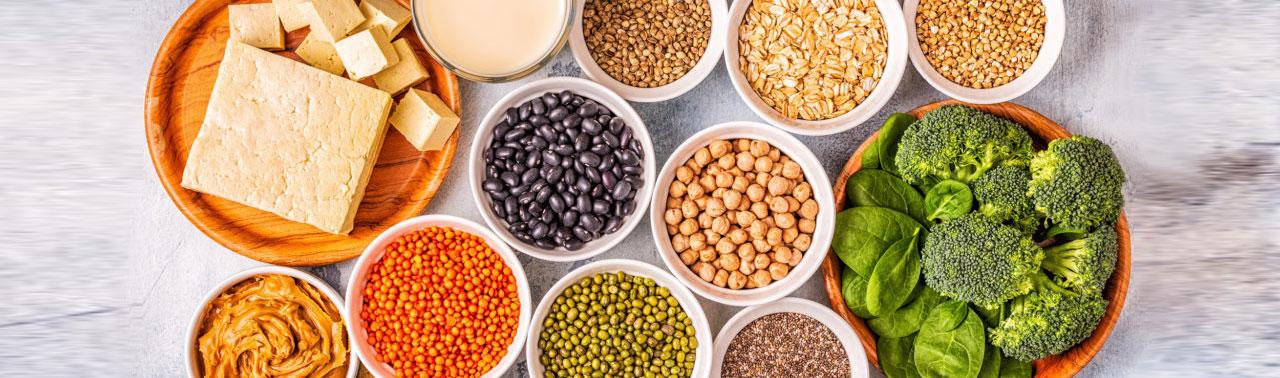 ۱۰ منبع گیاهی پروتئین که باید در برنامه غذایی تان بگنجانید