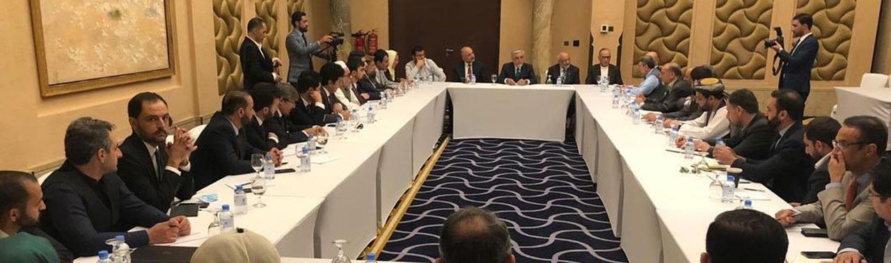 ارگ: حضور هیئت مذاکره کننده در گفتگوهای صلح برای برقراری آتش بس و تامین صلح است
