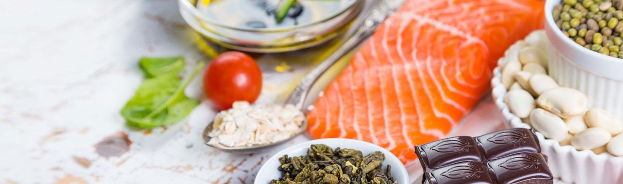۱۰ ماده  غذایی کاهش دهنده کلسترول که باید در برنامه غذایی تان بگنجانید