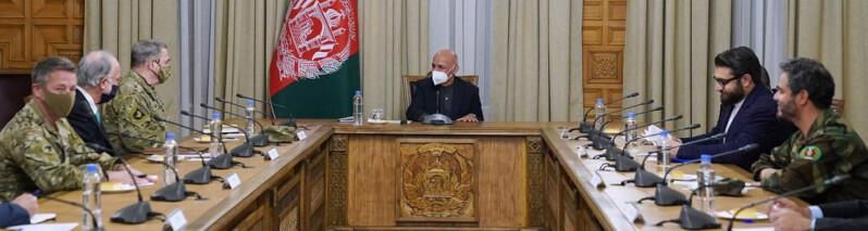 سفر رییس ستاد ارتش آمریکا به کابل؛ مارک میلی و غنی روی برقراری آتش بس گفتگو کردند
