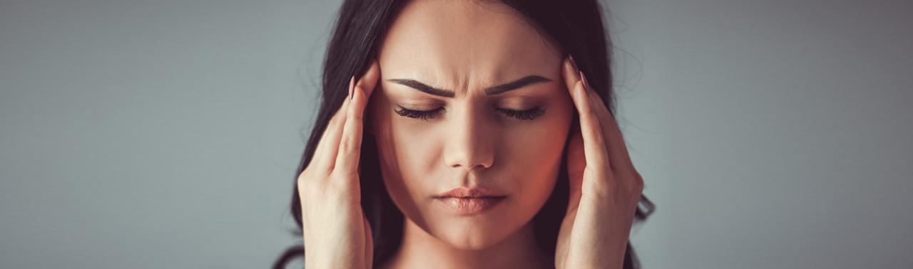 علائم میگرن: شایع ترین نشانه های هر مرحله از میگرن را بشناسیم